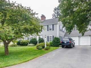 Photo of real estate for sale located at 4 Robinhood Road Winchester, MA 01890
