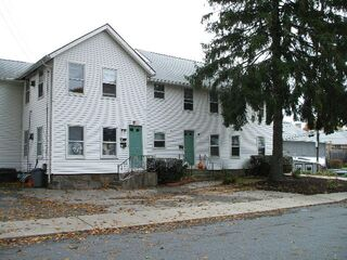 Photo of real estate for sale located at 5 Pine Street  #4 South Kingstown, RI 02879