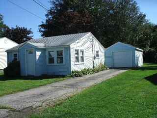 Photo of real estate for sale located at 10 John Street Narragansett, RI 02882