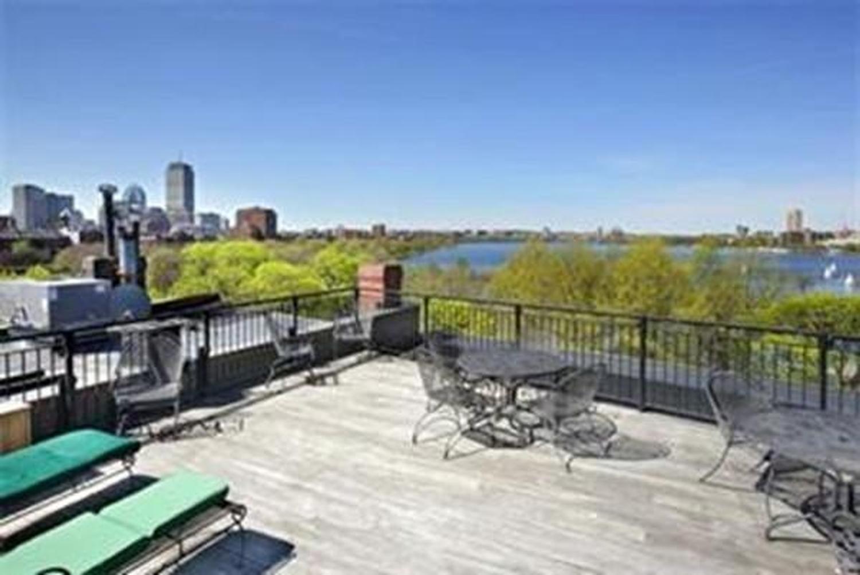 Photo of 112 Pinckney Boston - Beacon Hill, MA 02108