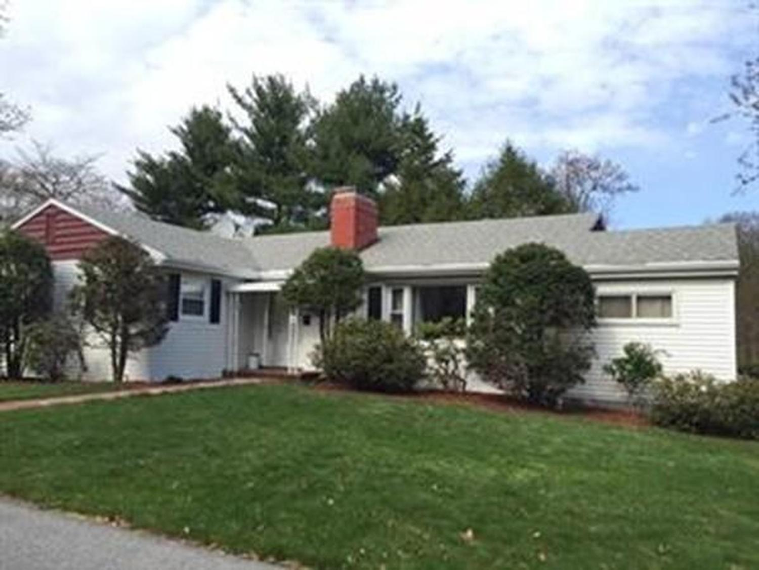 Photo of 92 Woodcliff Road Brookline, MA 02467