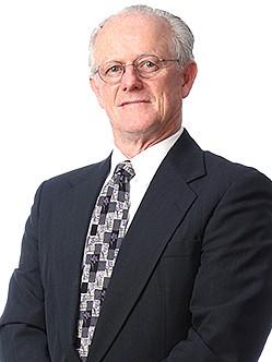 Garde, E. Robert  photo