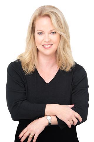 Abrahamsson, Fay  photo