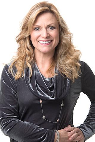 McCormick, Suzanne  photo
